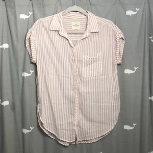 American Eagle button up tee